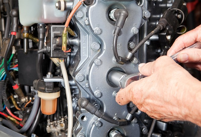 How-To-Gap-Your-Boat-Spark-Plugs